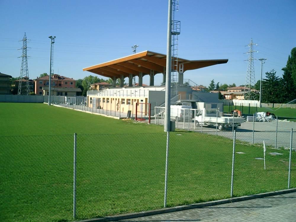 tribuna sportiva crema (3)